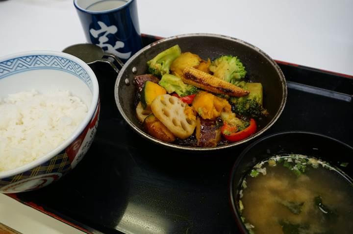 YOSHINOYA 吉野家 Vegetable Set Meal ベジ定食・ベジ皿