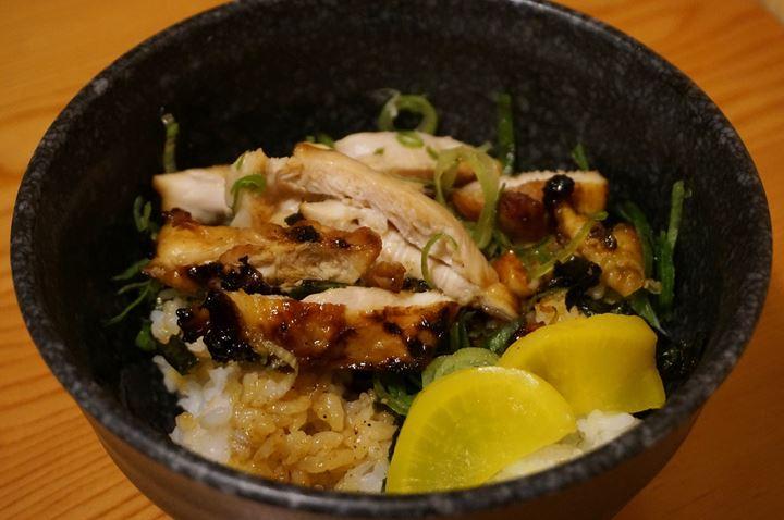 Torikizoku 鳥貴族 Chicken Bowl 焼とり丼