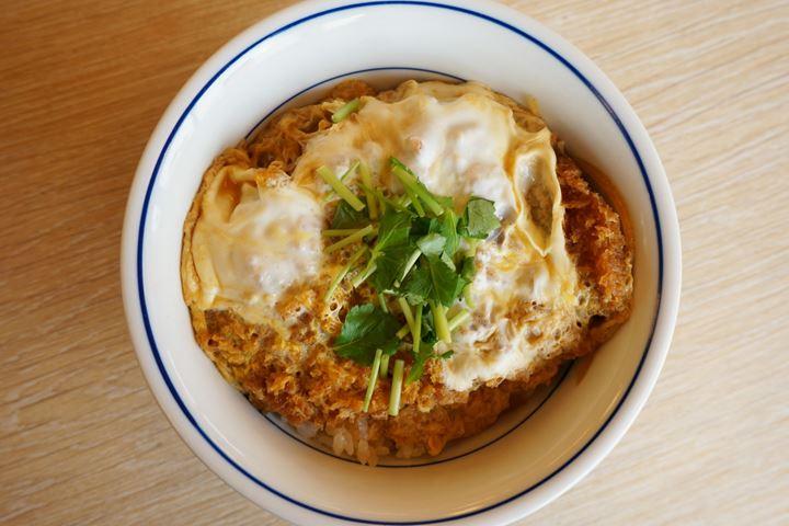 Pork Cutlet Bowl カツ丼 - KATSUYA かつや