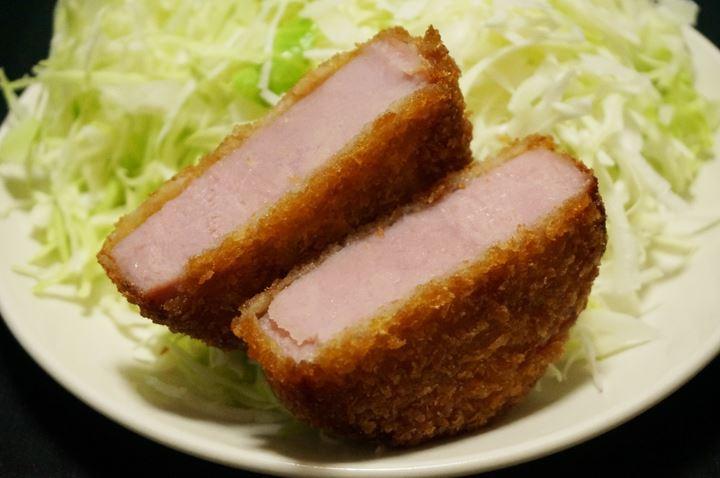 Thick Ham Cutlet of LAWSON ローソンの贅沢厚切りハムカツ