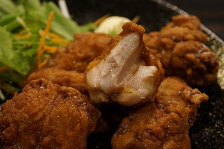 菜彩鶏もも肉のから揚げ Deep Fried SAISAI Chicken Thigh - Puedobar プエドバル