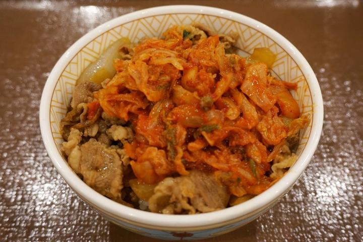 Gyudon (Beef Bowl) with Kimchi Small キムチ牛丼 ミニ - SUKIYA すき家