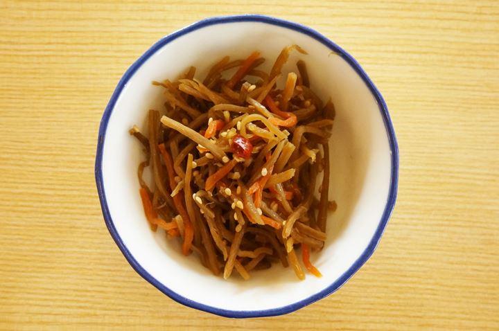Fried Burdock きんぴらごぼう - MAIDOOOKINI SHOKUDO まいどおおきに食堂