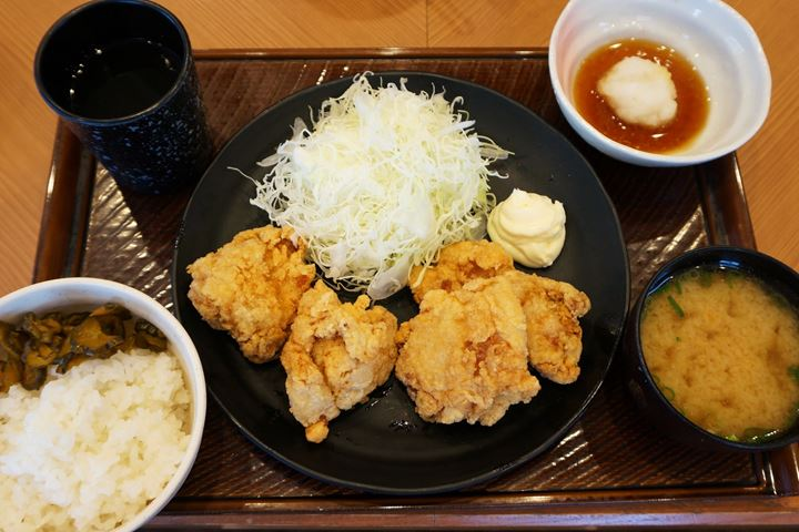 Deep Fried Chicken Set Meal から揚げ定食 - TONKARATEI とんから亭