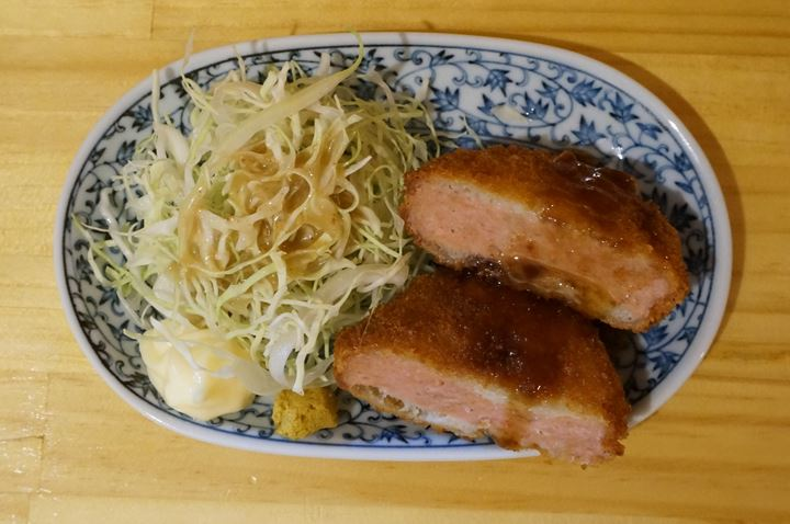 Deep Fried Thick Ham Cutlet ハムカツ - Standing Bar KAMIYA 立ち呑み かみや