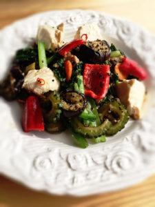 キヌアと豆腐のチャンプルー