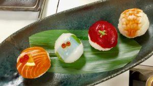 4つのてまり寿司