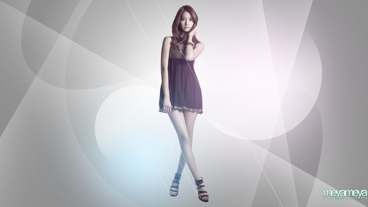 Harper's Bazaar Snares Girls' Generation Model