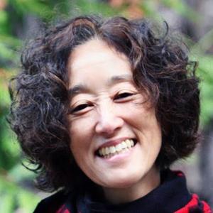 Photo of Karen Tei Yamashita.