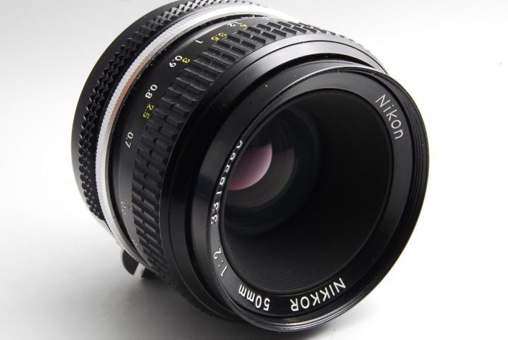 Nikon Nikkor 50mm F2 レンズ