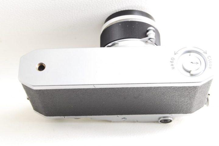 Canon II D(2D)型フォーカルプレーン式カメラ底部