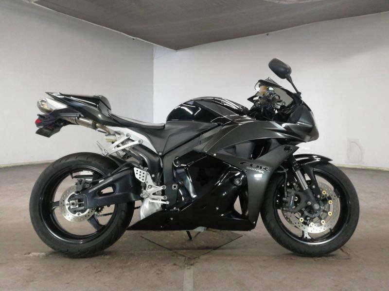 honda-bike-cbr650rr-2009-black-70312365411-1