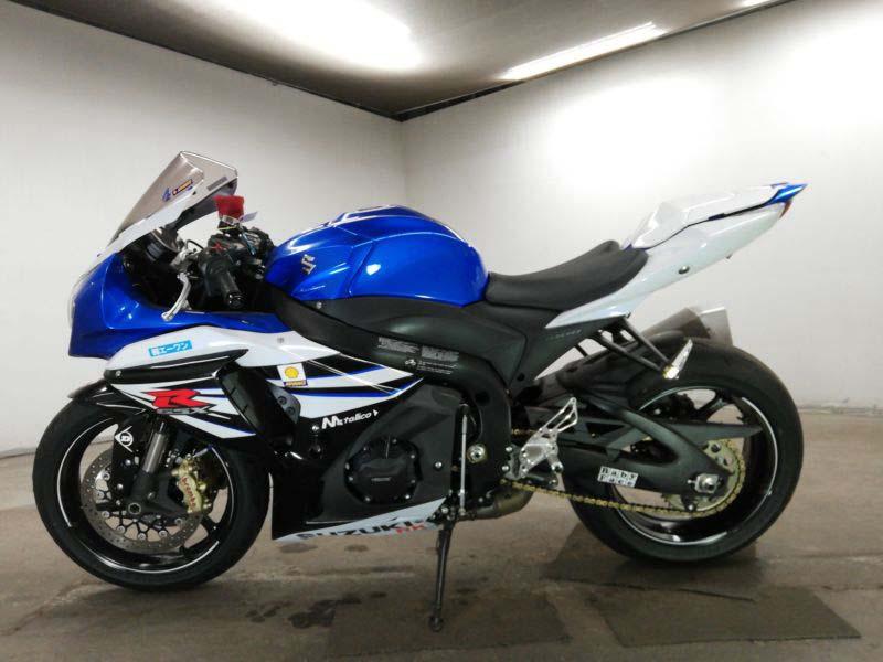 suzuki-bike-gsx-r1000-2014-whiteblue-70312365435-2