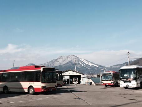 yamanouchi-bus-depot-2016