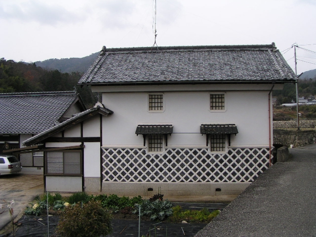 Here's a modern dozo warehouse in the country.
