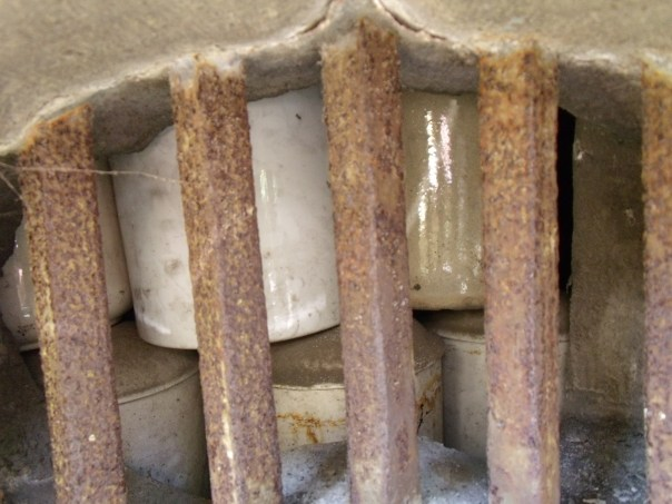 You can see funerary urns packed on top of one another in the repository for dead prostitutes. These aren't just Edo Period 'tutes, but also girls who died en masse during the Great Kanto Earthquake and the Tokyo Firebombing in WWII.  It's estimated that more than 25,000 Yoshiwara girls are interred here.