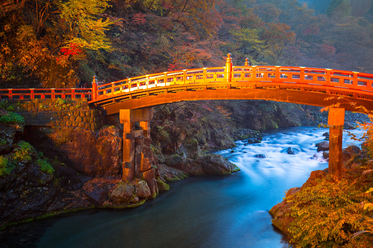 nikko day trip sacred bridge for imperial messengers at futarasan