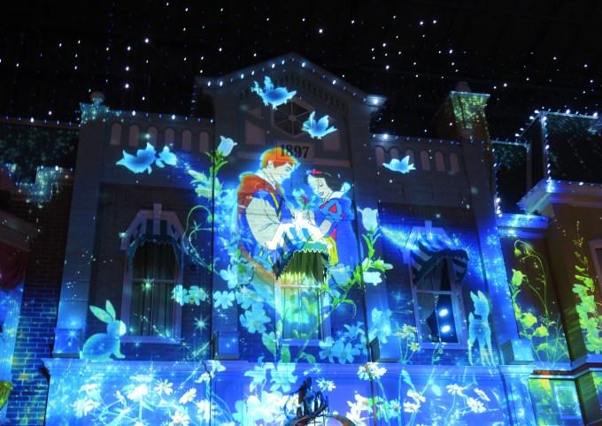 東京ディズニーランド・セレブレーションストリート・プロジェクションマッピング・白雪姫