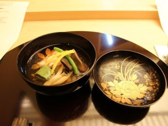 warm-dashi-with-carb