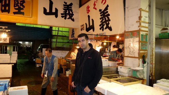 En el antiguo mercado de pescado de Tsukiji (Tokio) que visitamos en el otoño de 2010