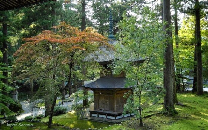 Eihei-ji, un templo secreto del budismo zen oculto cerca de Fukui (Japón)