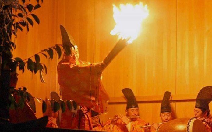 Festivales de Japón: el Akiha No Hi Matsuri (秋葉の火まつり) o Festival del Fuego de Akiha