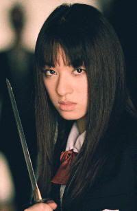 "Chiaki Kuriyama en ""Battle Royale"" (バトル・ロワイアル, 2000)"