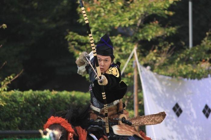 Festivales de Japón: el Kasagake Shinji (笠懸神事) celebrado en el santuarioKamigamo de Kioto