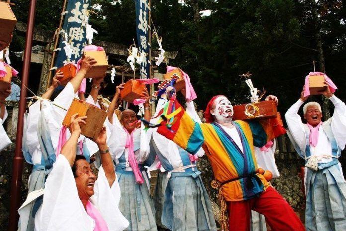 Festivales de Japón: el Nyū Matsuri (丹生祭), conocido popularmente como