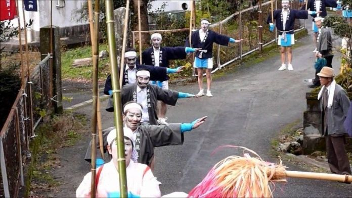 Festivales de Japón: Tashiro Furyu en Yame (prefectura de Fukuoka)