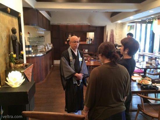 Tera Café, una cafetería para practicar el budismo en pleno Tokio (Japón)