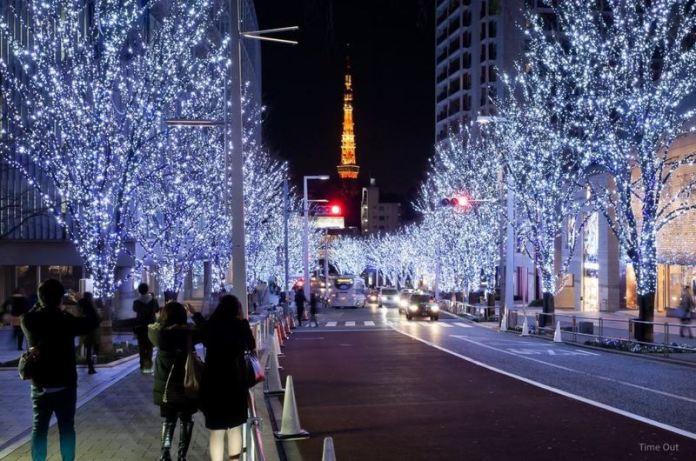 Los 10 lugares más impresionantes de Tokio en los que disfrutar de la iluminación navideña: Artelligent Christmas (calle Keyakizaka, en Roppongi Hills)