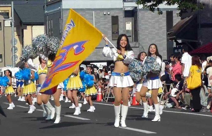 Festivales de Japón: Shiogama Minato Matsuri (塩竈みなと祭) o Festival del Puerto de Shiogama (en la prefectura de Miyagi) durante el Día del Mar(mes de julio)