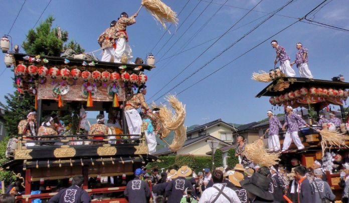 Festivales de Japón: el Areijinja Reitaisai (阿禮神社例大祭), un festival celebrado el segundo domingo de julio en la ciudad de Shiojiri, en la prefectura de Nagano