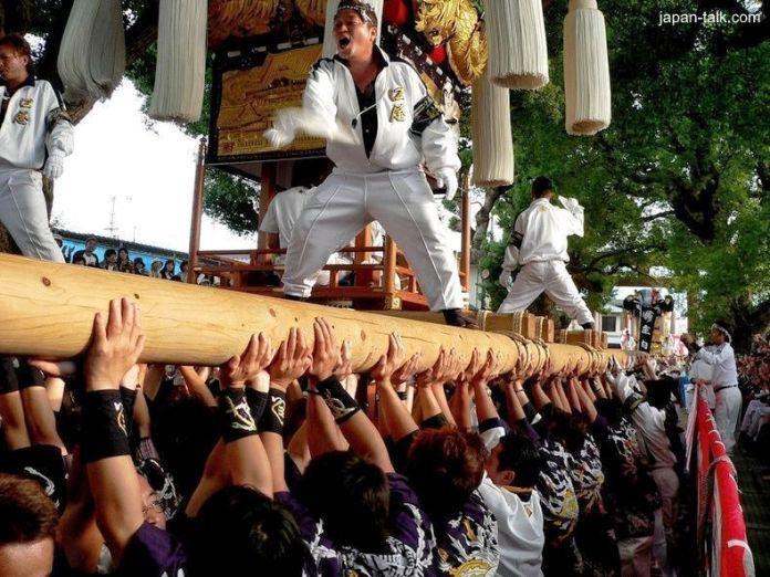 """Festivales de Japón: el Niihama Taiko Matsuri (新居浜太鼓祭り) o """"festival de los hombres"""""""