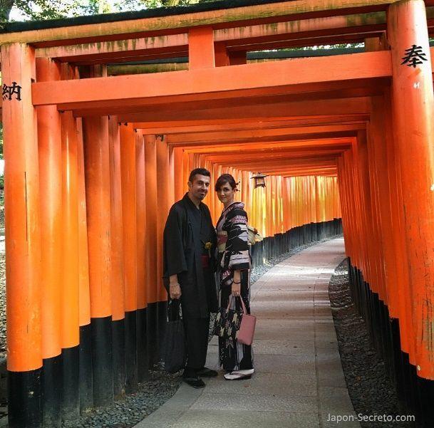Cómo alquilar un kimono en Kioto para visitar Fushimi Inari