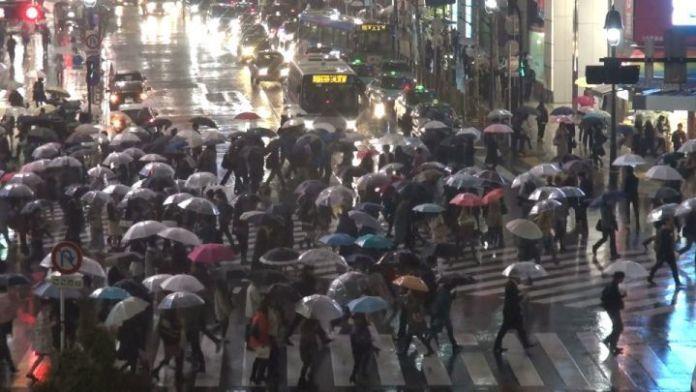 Tifón en Shibuya (Tokio)