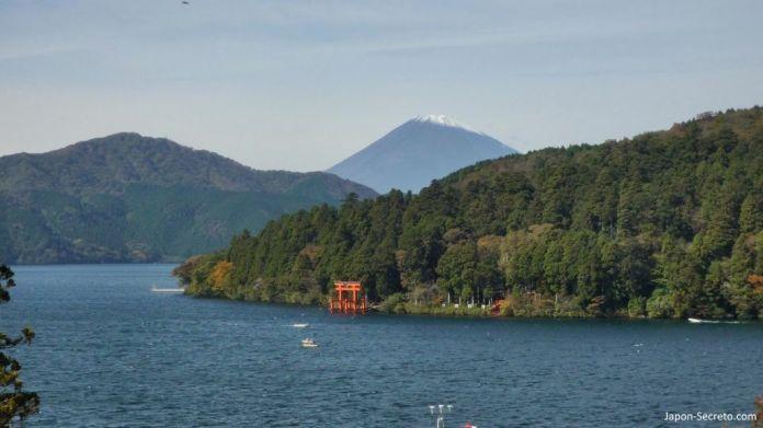 Lago Ashi (Ashinoko) y Monte Fuji, Hakone. Una gran excursión desde Tokio.
