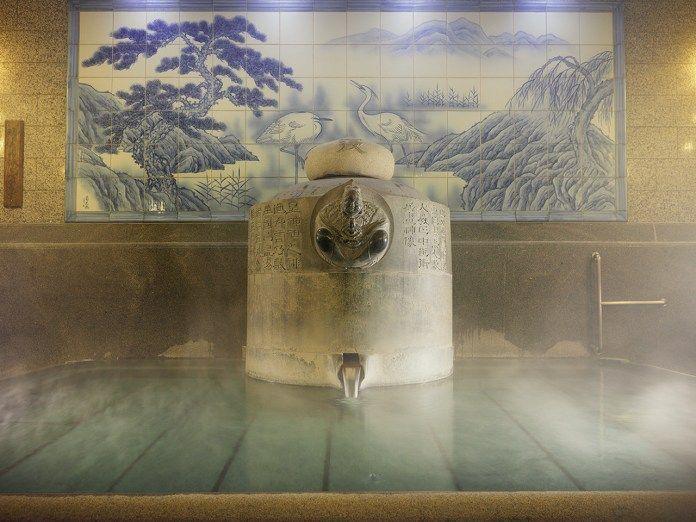 Viajar a Shikoku. Dogo Onsen (Matsuyama, Ehime). Casa de baños Dogo Onsen Honkan. Baño Kami No Yu
