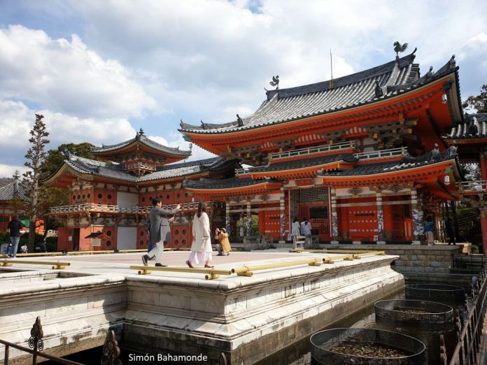 Templo de Kousanji. En bicicleta por Japón: ruta Shimanami Kaido.