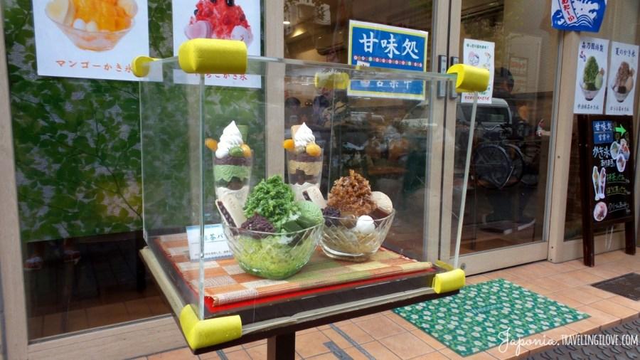 Kakigōri, czyli kruszony lód z sokiem. Symbol japońskiego lata od czasów Heian!