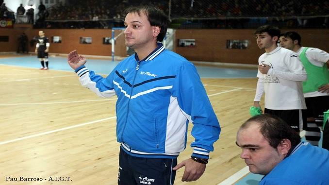 Pablo López seguirá al frente del Talayuela FS