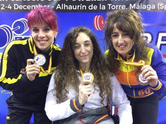 Jordana de Haro y Amalia Ballesteros acompañaron a Loida en el pódium