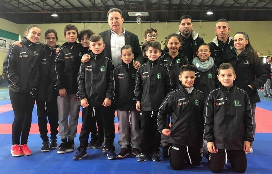 Selección Extremeña de karate - Excelentes resultados del El Club Karate Jaraíz, en el Campeonato de Extremadura celebrado en Herrera del Duque