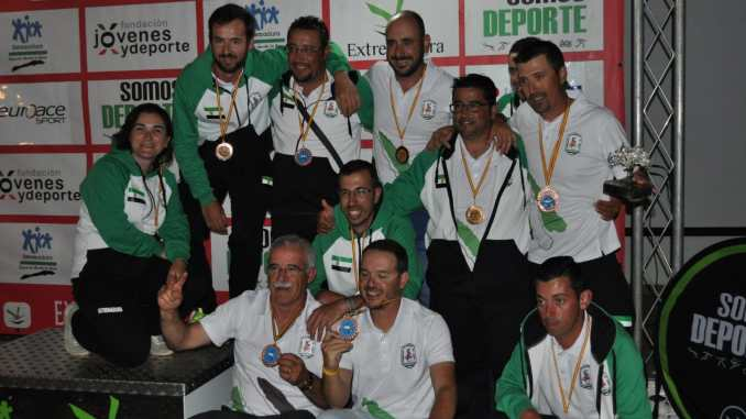 Carlos Labrador Diploma Nacional de Pesca con Cebador