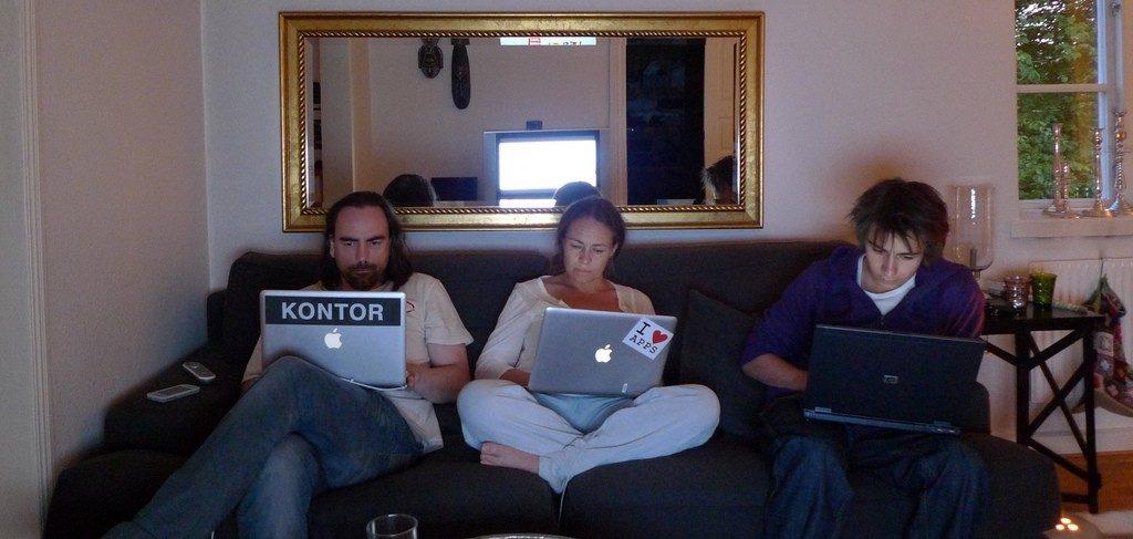 Familjen har tv-kväll (2009)