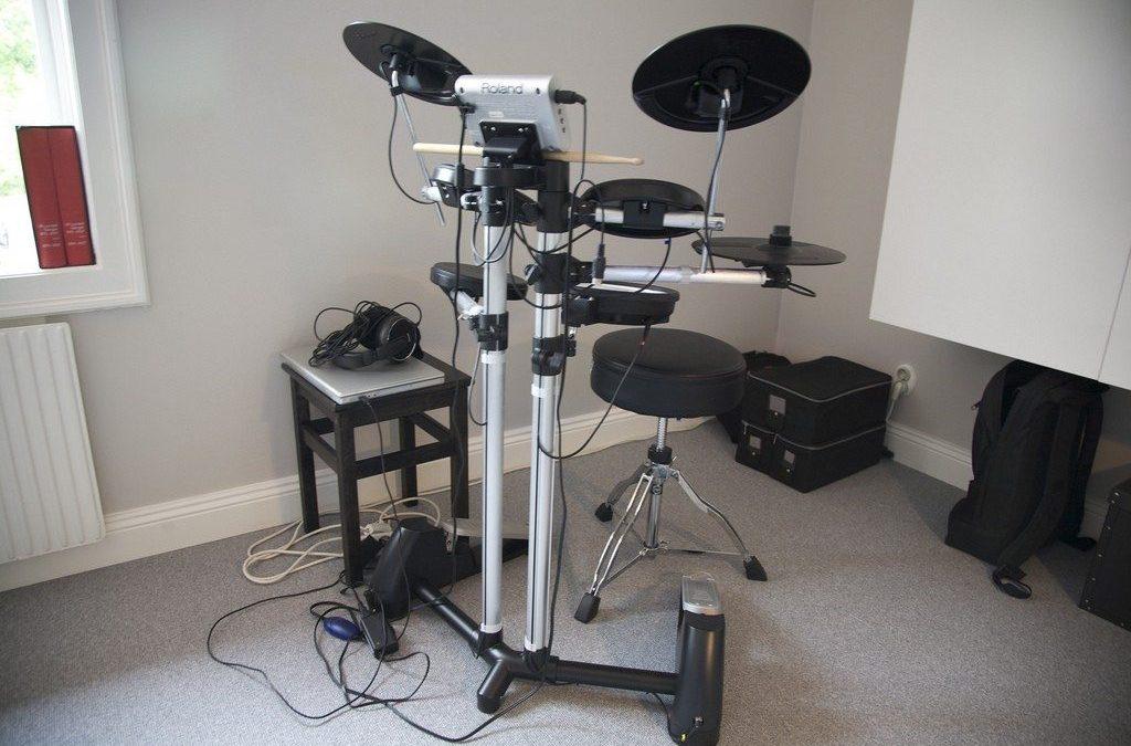 Roland HD-1, Superior Drummer 2.0 och Nashville