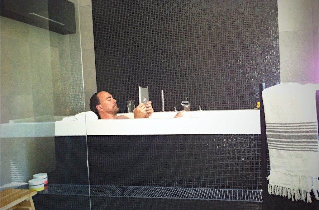 Att jobba där man är – även i badkaret