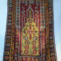 """Tapis """"Kilim"""" Sivas en laine ; tissage artisanal à plat fait à la main en laine (Années 1950), région nord-est de la Turquie en Anatolie centrale, TURQUIE - Dimension : 165 cm x 111 cm - Prix de vente : sur demande."""