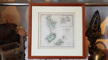 Carte de St-Pierre et Miquelon par Abel Pilon A. le Vasseur (éditeur Paris - 19ème), cadre en poirier, FRANCE - Dimension : 49 cm de haut x 49 cm de large - Prix de vente : 100€.